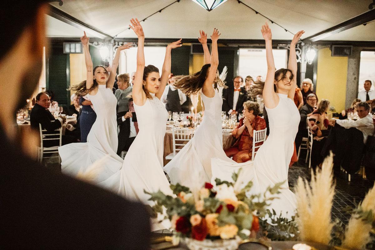 dance in a pic by Fabio Schiazza